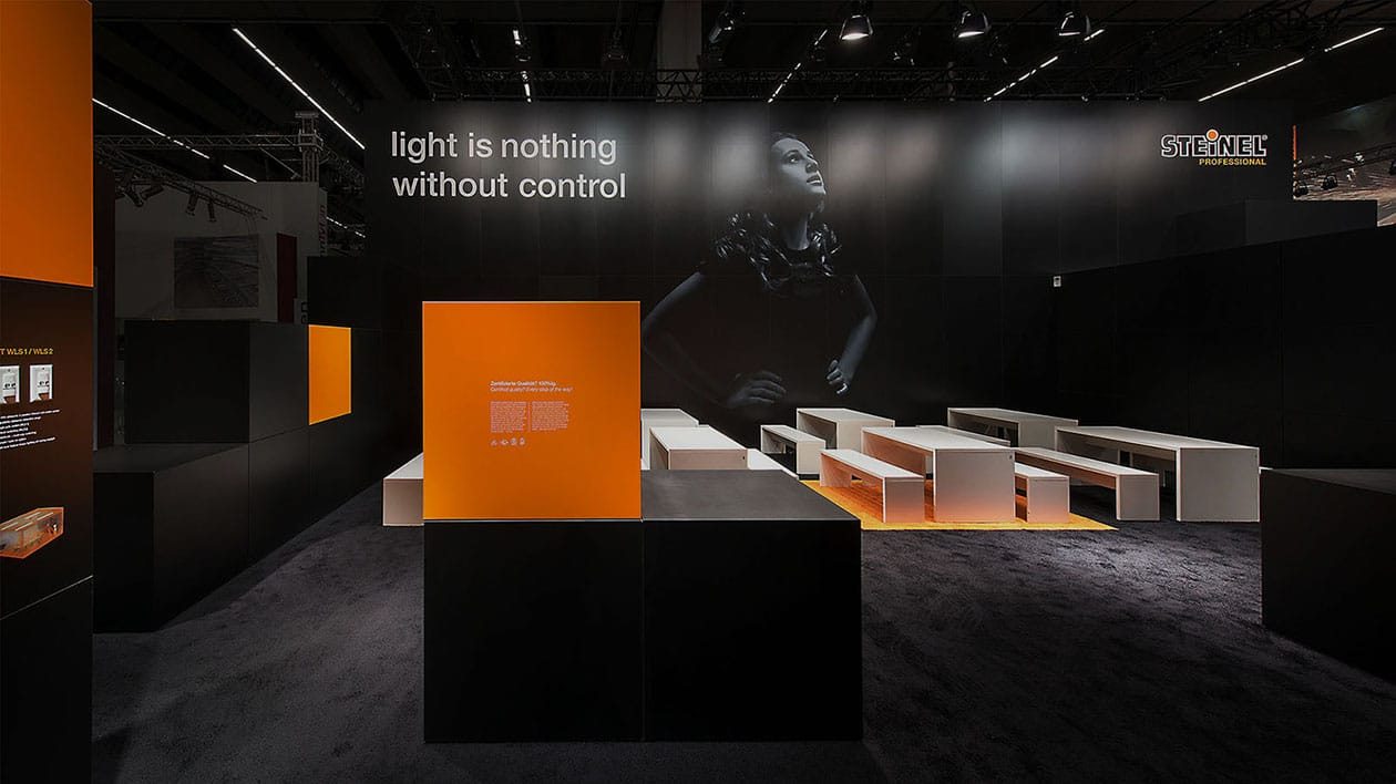 Steinel Messestand: Light is nothing without control