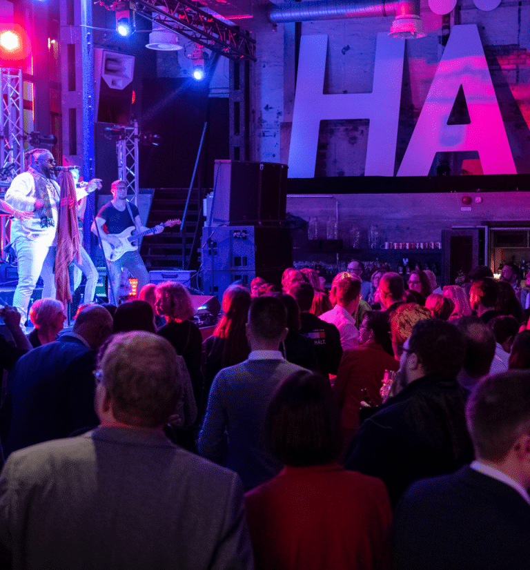 Work hard, play hard – HAKRO Night.